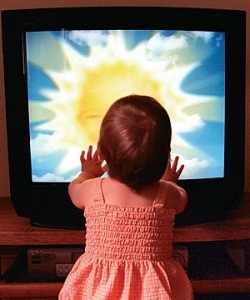 Child in front of TV