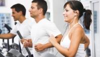 People on treadmill at gymn